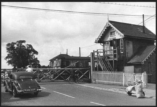 1950s Walton Crossing